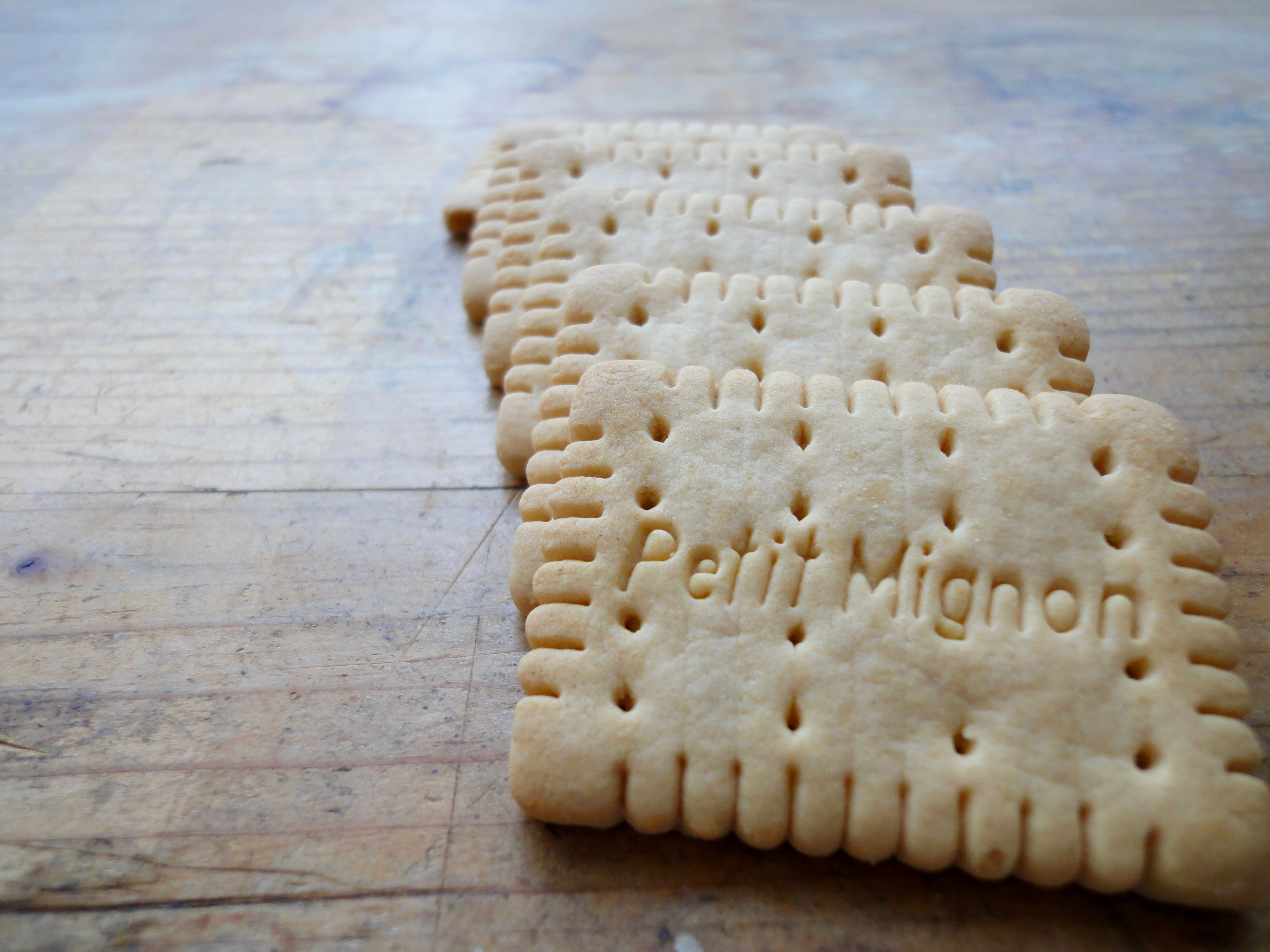 I used small petit beurre's called petit mignon's here.
